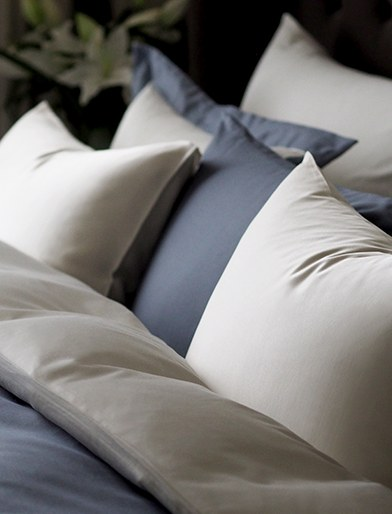 Bed linen material guide